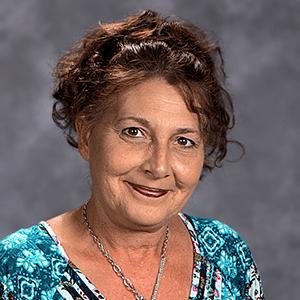 Beth Mazzei : Head Cook