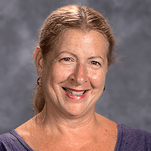 Patty Rieser : Line Point of Service & Cafeteria Assistant